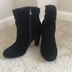 Bamboo Faux Suede Black Slouchy Bootie Sz 10